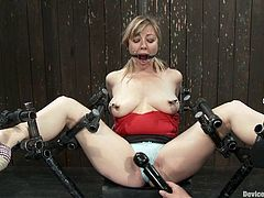 A fucking blonde whore gets tied up and fucking abused in this kinky bondage scene right here, hit play and check it out!