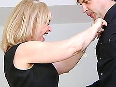 Sexy mature lady getting fucked