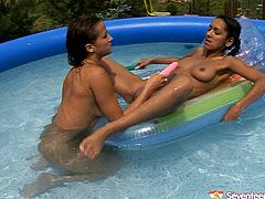 Don't skip this exciting outdoor sex video featuring two insatiable and libidinous lesbians. One kinky brunette finger fucks pussy and involves pink dildo to satisfy her gf.
