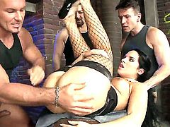 Wonderful brunette girl Bettina DiCapri is getting cussed out by four dudes David Perry, Lauro Giotto and Leslie Taylor at the same time