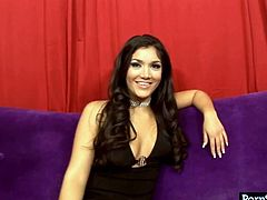 With the face of Angel and sparkling eyes that shine like diamonds in the sky, Leah Jaye is more like the girl you would want to marry. Fortunately for us, she has decided that a career in porn is her path. This gorgeous brunette can give any man cum just seeing her big juicy tits. Press play and enjoy the show!