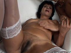 Amateur babe is having sex experience with two mature lesbians