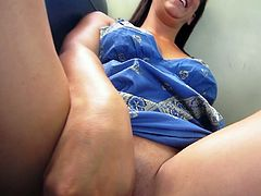 Beautiful babe Bella Rose is Flashing in public is all the foreplay a freaky slut needs to get her pussy wet and ready, The stunning brunette babe strips in public and secretly masturbates on the train.Watch how she toy fucks her pussy with both hands.Enjoy!