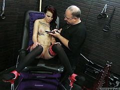 Jaw dropping red haired babe in black stockings spreads her sexy legs wide to enjoy new sex machine in action. Watch exciting fame Digital porn tube video right now.