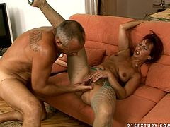 21 Sextury xxx clip is what you need to jizz at once. Horny shameless housewife goes wild. She spreads legs in fishnet stockings wide and gets her wet pussy polished with several sex toys right on the couch.