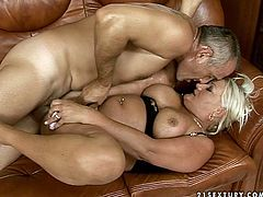 Shabby ample blond mature gets her ruined cunt pounded in missionary style before a bald horny daddy starts eating it zealously in sultry sex video by 21 Sextury.