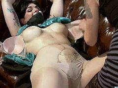 Busty brunette mom Annika is having fun with Lorelei Lee in a bedroom. Lorelei binds the milf, attaches wires to her snatch and then smashes her cunt with various toys.