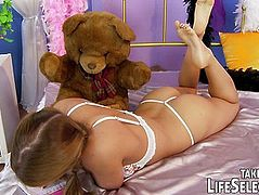 Naughty teengirl confesses her guilty pleasures to her diary