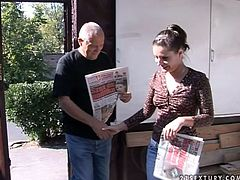 Pervetred old granpa mouth fucked brunette chick at the casting