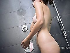 Gorgeous hot babe naked at the bath