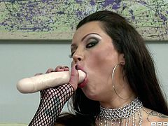 Big ass brunette receives a large penis driling her deep during anal hardcore