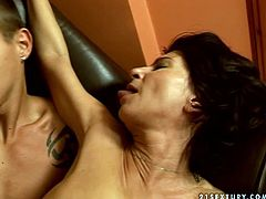 Voracious brunette aunty with small saggy tits and bearded clam in fucking hard in provocative porn video. She gets on top of hard shaft jumping on it fast. Then she gets nailed bad from behind.