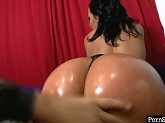Cheeky brunette porn star Sandra Romain has got curvy sex body. She is proud of her ample booty so she demonstrates her beauty in all the glory posing on cam with her bottom oiled up.