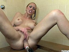 Nasty milf rett Rossi is having fun with a sex machine while taking a shower. Then she goes to the locker room and has some more fun there.
