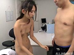 Rumi Kamida gets fucked by two men in a doctor's office