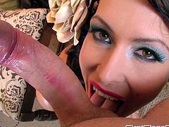 Sexy Jessica Jaymes amazes with her warm mouth in staggering POV oral session