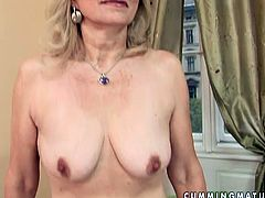 This sex-starved old woman knows how to make herself busy when there's no one around. She slips her fingers inside her loose snatch and starts her masturbation session.