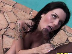 This anal interracial session goes on poolside outdoors. It features a Brazilian brunette called Yazmin who loves the BBC in her butthole.