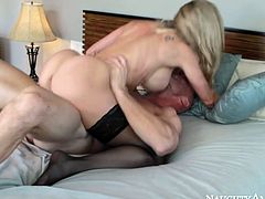 Gorgeously shaped blonde mom Brandi Love is bouncing her booty on a solid rod of Johnny Sins. Here in this steamy porn video Brandi proves that she is professional porn performer. Check out her outstanding skills and enjoy your time.