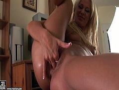 Rather flexible blondie DORINA gonna masturbate with a baseball bat