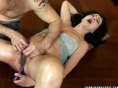 Torn slut with chubby body having bearded clam is going wild and naughty in filthy porn clip. Her bushy punani is oiled up profusely. Dirty mature slut serves her cunt for a hardcore toy fuck and fisting session. Extreme pussy stretching porn scene presented by 21 Sextury.