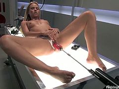 You will love this video not only because the hot blonde Sophia Lynn is in it, but also because a fucking machine takes her to orgasm.