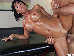 Nasty babe gets fucked by her masseur and made to swallow warm jizz