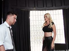 Wonderful Gigi Allens gets her pussy eaten by Seth Gamble in the office
