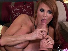 Hot pornstar is needy to smash all her holes during this awesome solo action