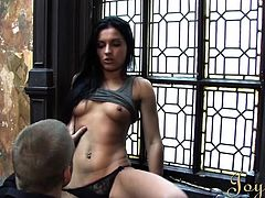Honey Demon is an Romanian model who is getting her picture taken. The photographer makes her horny and she lets him eat her pussy. She gets dripping wet so she kneels to give him a blowjob. The brunette babe sucks him hard and deep.
