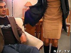 Watch a horny french brunette slut giving head to an older dude before his son bangs her hairy pussy and ass into a superb explosion of pleasure.