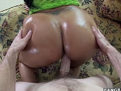 Damn, that fat ass of hers drives me insane! Sex-starved Latina whore bends over for doggy style pose to let her lover pound her thick pussy hard. Then she spreads her legs wide for missionary style pounding. Since that dick is already hard curvaceous bombshell jumps on top of it and rides it passionately making her gorgeous ass bounce up and down.