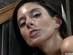 Luxury siren Nikki Daniels is getting a huge fucking machine