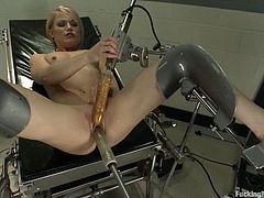 Ash Hollywood gets her pink cave explored by a fucking machine