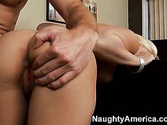 Levi Cash has fantastic anal sex with Sammie Spades