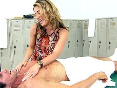Sheena is an expert at massaging, she does well with her hands, but she uses her lips even better! The blonde whore rubs Peter's back and then, his cock. She likes his big hard penis, so she gives him another kind of massage, her special one. Look at her wrapping her lips around his dick and sucking him hard for cum!