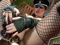 Beautiful and seductive commander bitch dominates a babe, the way she knows best. She gives her a taste of good old German discipline and puts her, to licks her superb pussy, before punishing her ass. Yeah she knows exactly, what she's doing and this old fart Yankee, takes advantage of the sex slave too!