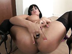 Tory Lane parts her legs on cam with no shame