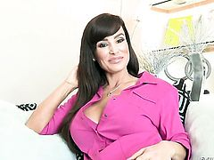 Dana Vespoli is horny as hell in girl-on-girl action with Lisa Ann