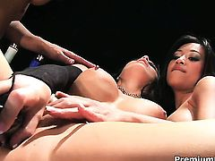 Cassidy Clay makes her sex dreams a come to life with lesbian Kina Kai