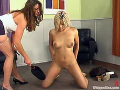 Kym Wilde beats blonde cutie Velvet Rose before fucking her with a toy