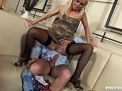 Wicked bitch Ellen Peterson drills her pink gaping asshole with monster dildo. Then she gets her pinkish anal cave fucked by two cocky guys doggystyle in turn.