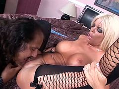 Ron Jeremy and hot blonde