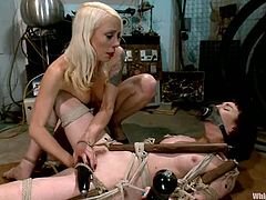 If you love watching how Lorelei Lee tortures girls, then you must watch this incredible BDSM scene with her, humiliating Coral Aorta.