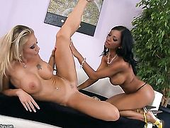 Brunette Candy Strong with gigantic jugs screams in lesbian sexual ecstasy with Kyra Black