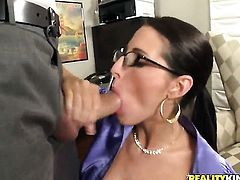 Ramon makes Kortney Kane with giant boobs and clean twat gag on his beefy tool