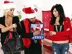 These two sexy whores are here to give this big dick guy a Christmas prize bond, but in return he decides to give them another great gift, which is his man meat. By seeing it, they has gone crazy and starts sucking it in turn, after getting their boobs & nipples sucked. Its good that they aren't greedy