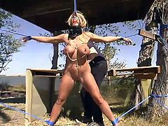 What an amazing and wonderful sex slave Shauna Ryan is. She wanted some romantic BDSM and so her master takes her to the beach and gives her some tight bondage!