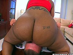One big bottomed ebony chick and white gal share cock. They suck greedily and later ride like crazy. Watch extremely hot threesome Bang Bros sex video for free.