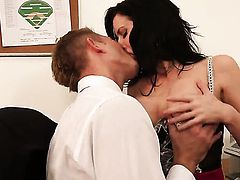 Veronica Avluv with small bottom and clean twat kills time fucking with hard cocked dude Bill Bailey